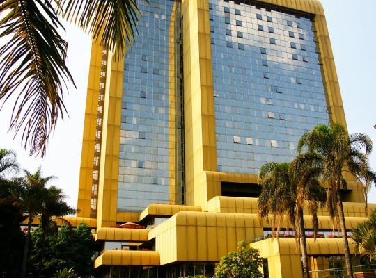 酒店照片: Rainbow Towers Hotel & Conference Centre