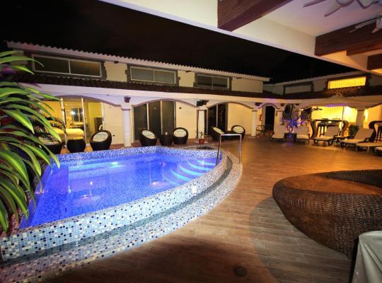 Hotel photos: Cedros INN