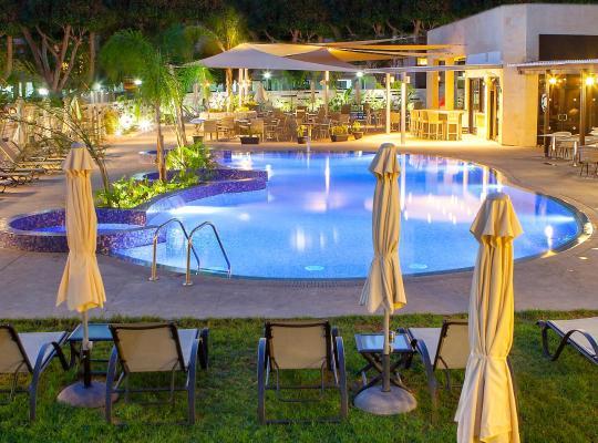 Фотографії готелю: Kapetanios Odyssia