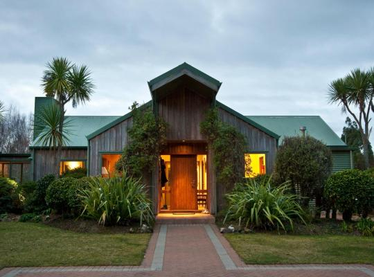 Otel fotoğrafları: Whakaipo Lodge