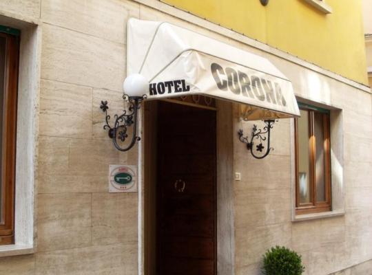Hotel photos: Albergo Corona