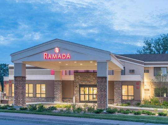 Fotos de Hotel: Ramada by Wyndham Minneapolis Golden Valley