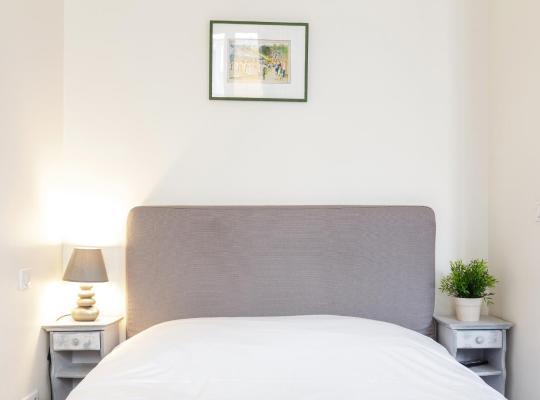 รูปภาพจากโรงแรม: Appartement Blanc et Gris