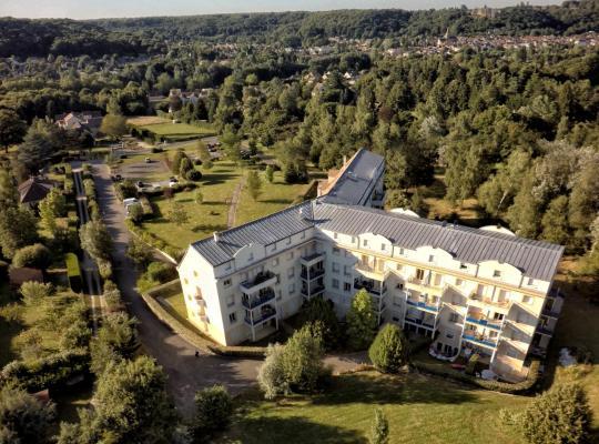 Hotel photos: Residence Hotel Les Ducs De Chevreuse