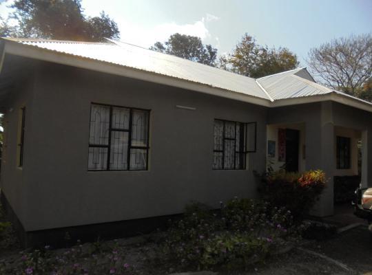 Фотографии гостиницы: Scholastica Arusha