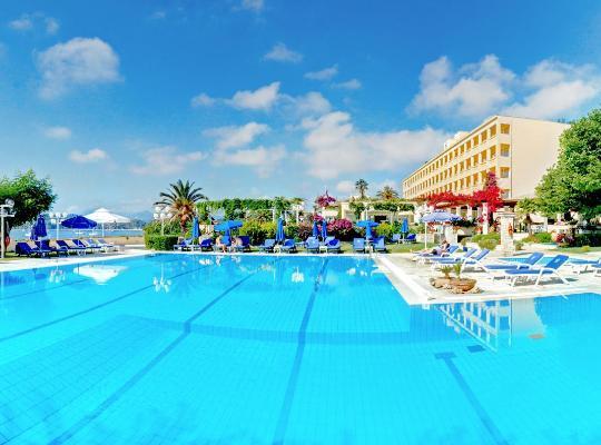 Képek: Corfu Palace Hotel