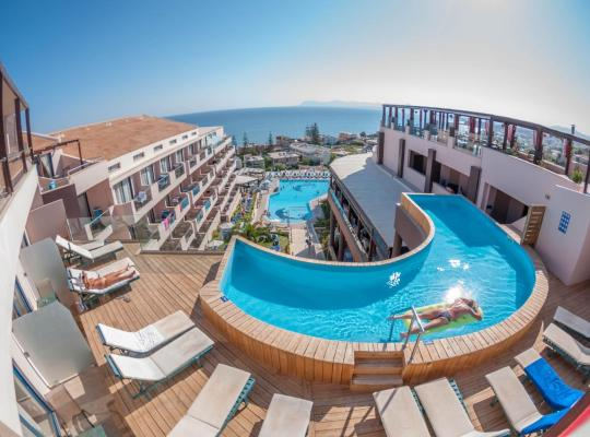 Hotel Valokuvat: CHC Galini Sea View- Adults Only