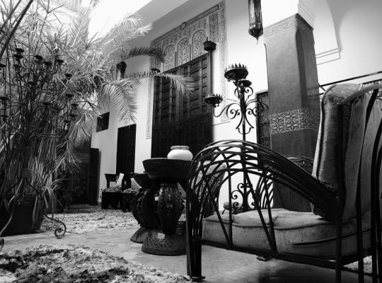 होटल तस्वीरें: Riad Ta'achchaqa