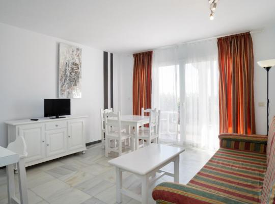 Фотографии гостиницы: Apartamentos Turisticos Rio Marinas