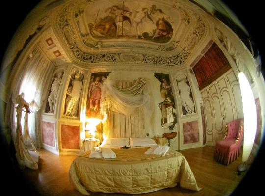 Fotos de Hotel: Casa Museo Palazzo Valenti Gonzaga