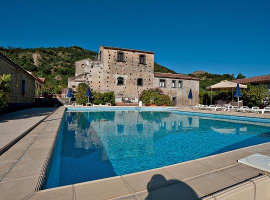 होटल तस्वीरें: Terralcantara Il Borgo