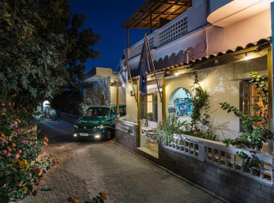 Képek: Semiramis Guesthouse