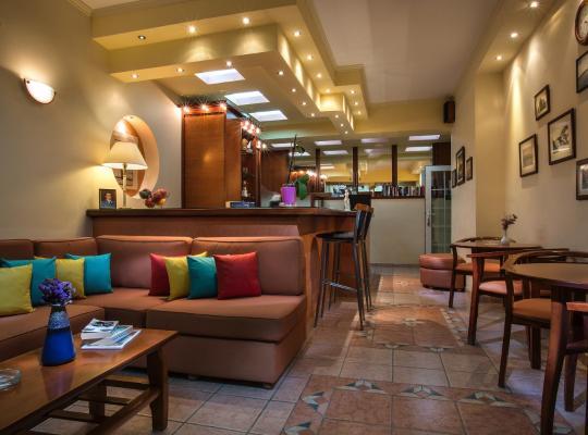 รูปภาพจากโรงแรม: Dionisis Studios