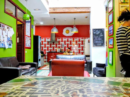 Hotel bilder: Home Youth Hostel by Feetup Hostels