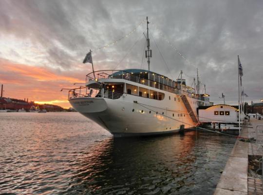 Fotografii: Mälardrottningen Yacht Hotel & Restaurant