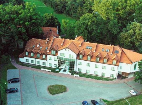 Φωτογραφίες του ξενοδοχείου: Zajazd Daglezja