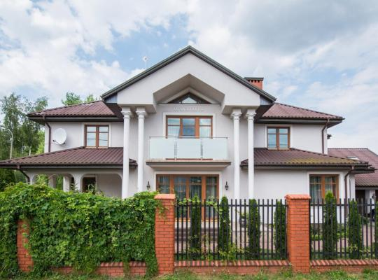 Hotel photos: Villa close to the Warsaw Airport