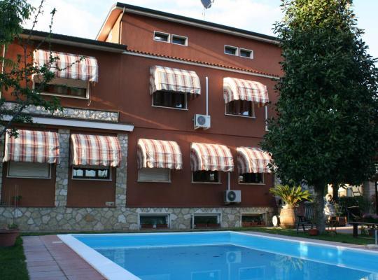 Фотографии гостиницы: B&B Desenzano