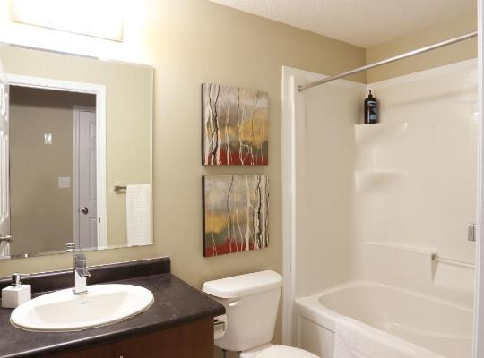 Hotel photos: Boardwalk Homes Executive Guest Houses