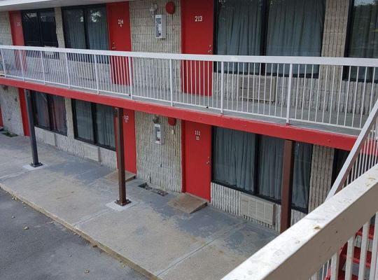 Hotel foto 's: New Plaza Motel