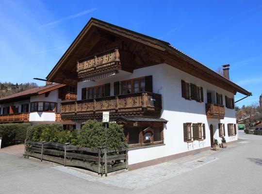 Photos de l'hôtel: Ferienhäuser Werdenfels