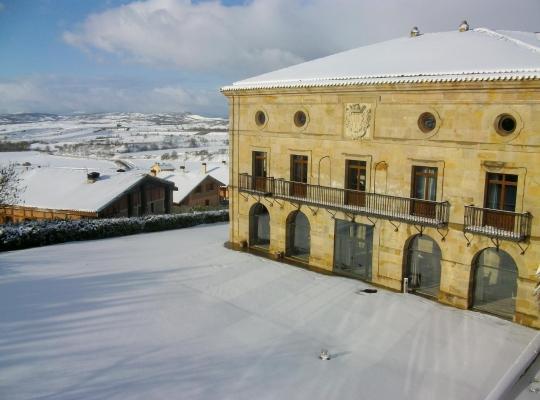 Hotel foto 's: Parador de Argómaniz