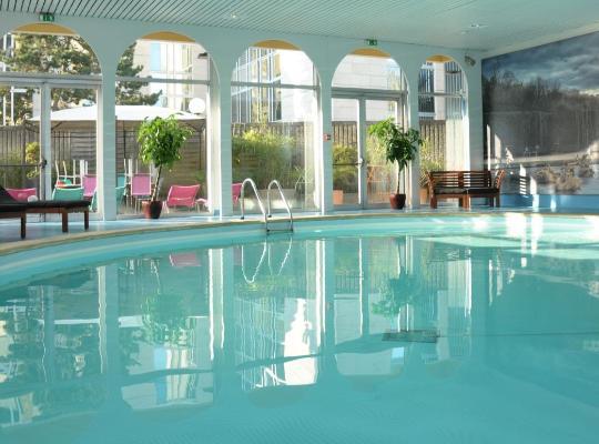Hotel photos: Mercure Paris Velizy