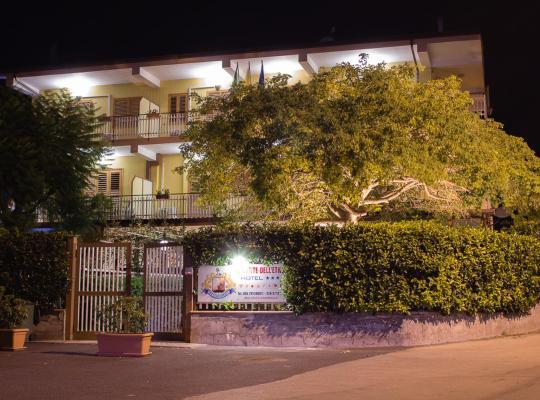 Fotos do Hotel: Hotel Il Conte Dell'Etna