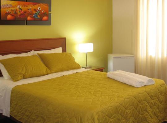 Хотел снимки: Sevilla House