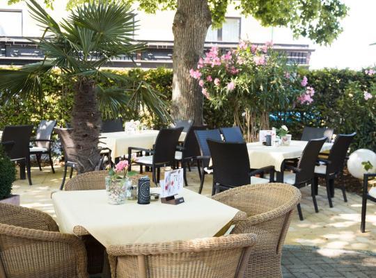 """ホテルの写真: Hotel Restaurant Böck """"Roter Hahn"""""""
