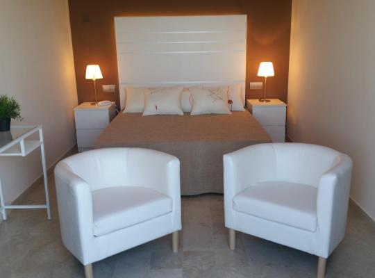 Φωτογραφίες του ξενοδοχείου: Hotel L'Alguer