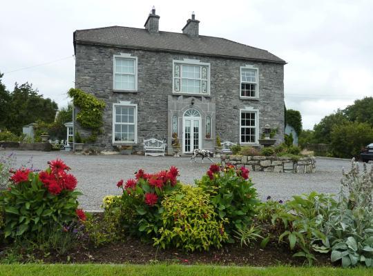 Hotel photos: Lough Key House Country House