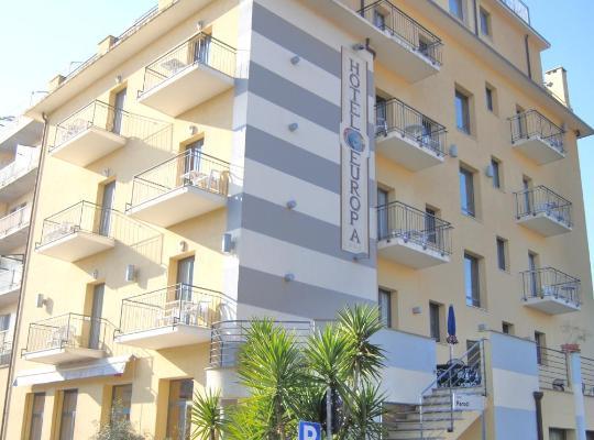 Хотел снимки: Hotel Europa