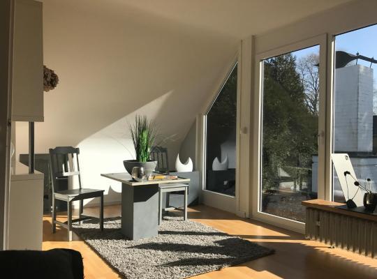 Fotos de Hotel: House in House Apartment