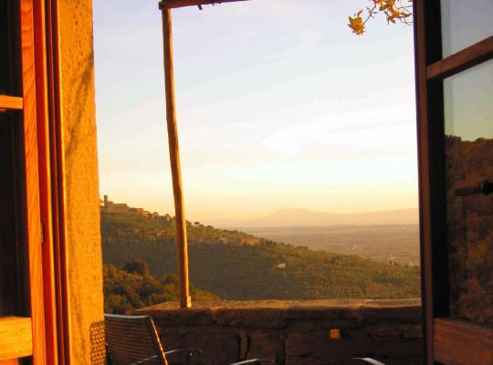 Otel fotoğrafları: Locanda San Martino a Bocena