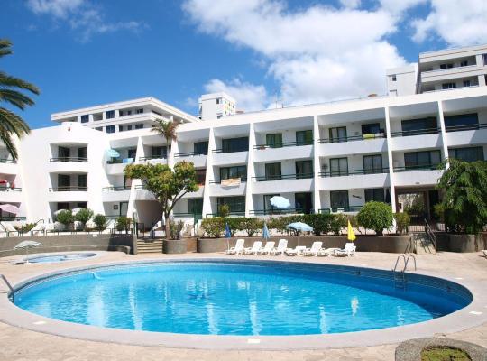 Hotel fotografií: Apartamentos Optimist Tenerife
