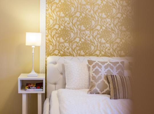 Φωτογραφίες του ξενοδοχείου: Colours Apartments Budapest