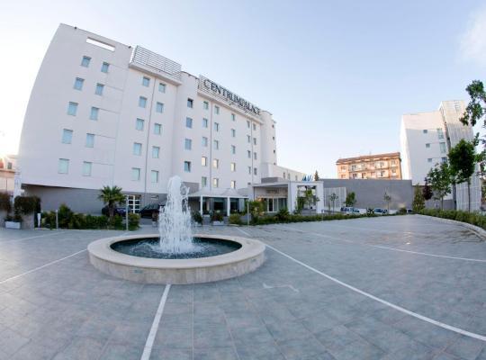 Otel fotoğrafları: Centrum Palace Hotel & Resorts