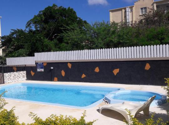 Hotel photos: Ashmara Villa & Studio