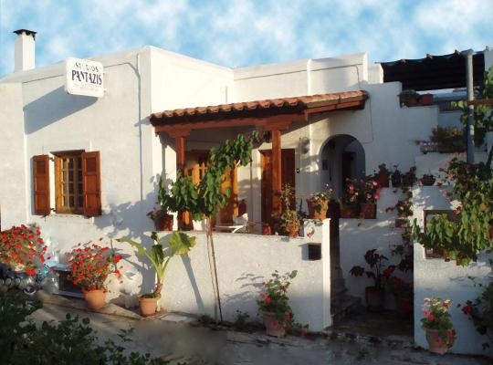 ホテルの写真: Pantazis Studios