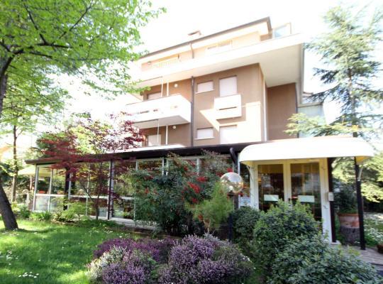 תמונות מלון: Hotel Tanit