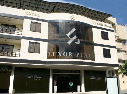 Otel fotoğrafları: Luxor Plaza Hotel