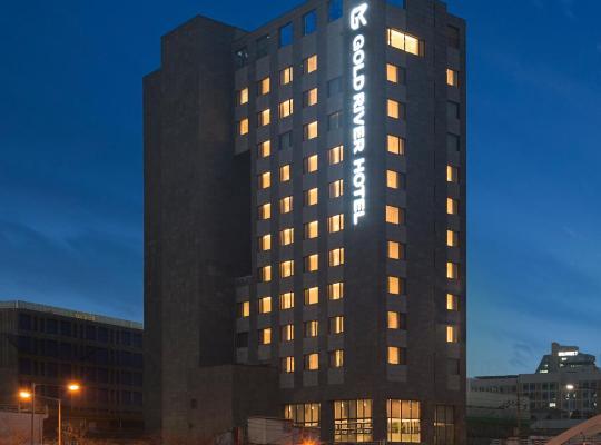 Fotos de Hotel: GoldRiver Hotel