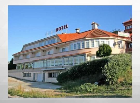 Fotos de Hotel: Hotel Corcubión Playa de Quenxe