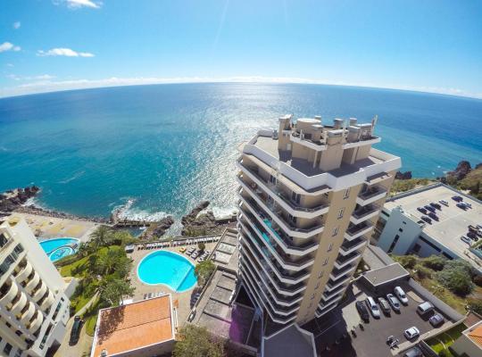 Képek: Duas Torres Hotel