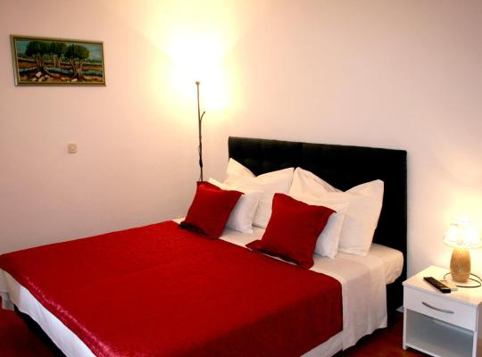 Photos de l'hôtel: Rooms and Apartments Emily
