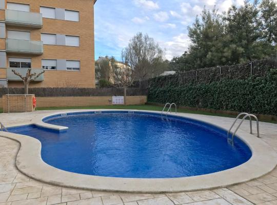 Hotel foto: Lets Holidays Cozy Pool Apartment