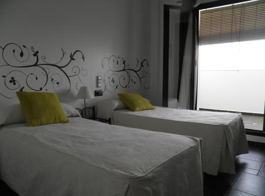Φωτογραφίες του ξενοδοχείου: Hotel Restaurante El Castillo