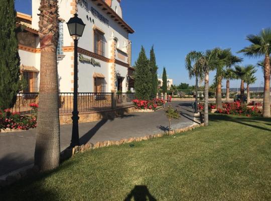 Foto dell'hotel: Hotel Rural Romero Torres
