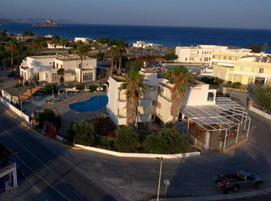 Photos de l'hôtel: Antonis Hotel